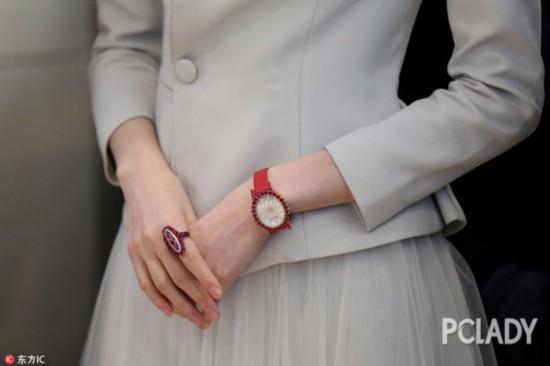 毕业季,戴一个手表让面试官好感倍增