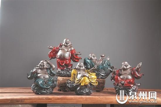 第十三届中国海峡工艺品博览会举行 泉州市8件作品获金奖