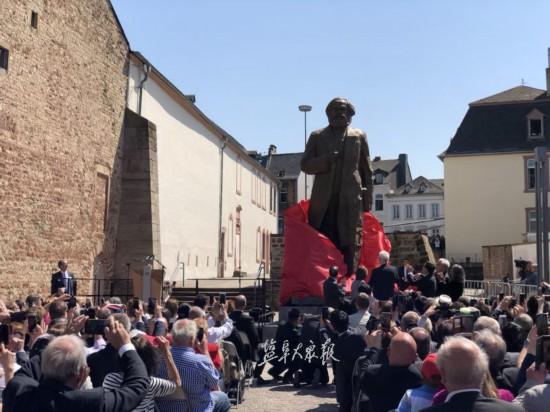 马克思雕像德国揭幕 系盐城人吴为山创作