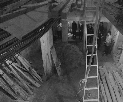 老居民楼掏出6.5米高地下室 私挖空间回填当事人被刑拘