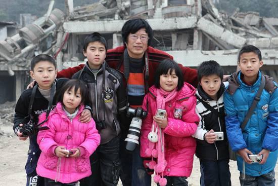 地震孤儿:别再关注我了