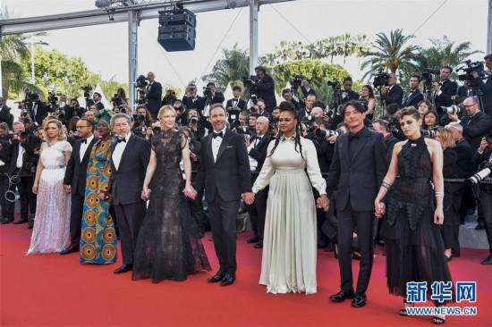 第71届戛纳电影节开幕 红毯星光璀璨
