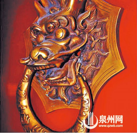 椒图,龙生九子之一,形如螺蚌。