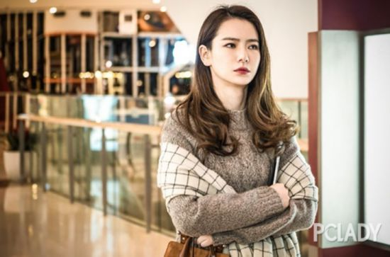 (未完成)《北京女子图鉴》戚薇造型大盘点