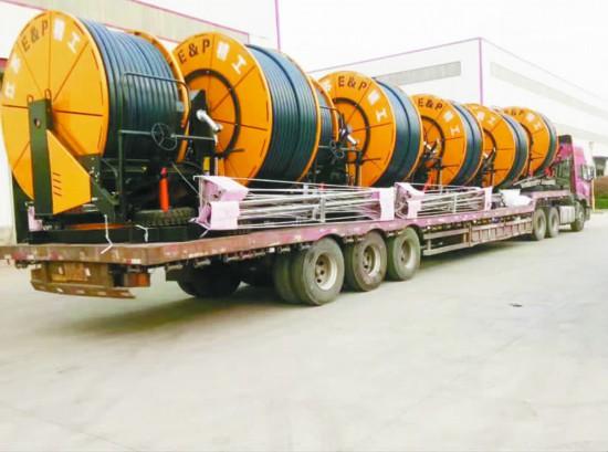 徐州沛县:3天200台喷灌机远赴蒙古国