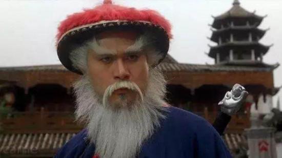 国内外明星神相似:徐锦江撞脸锤哥搞晕抖森 好