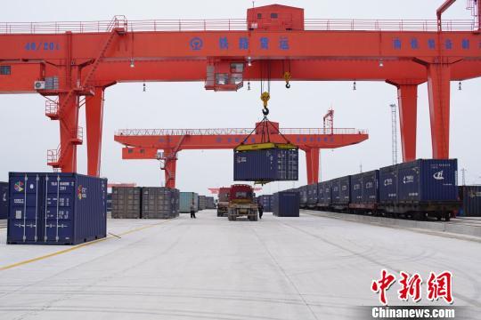 南宁铁路物流中心远期年吞吐能力达到2000万吨。 刘宇俊 摄