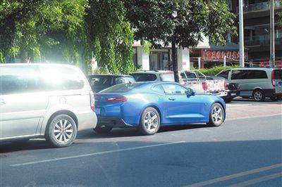 三亚交警:停车位内逆向停车将被处以罚款