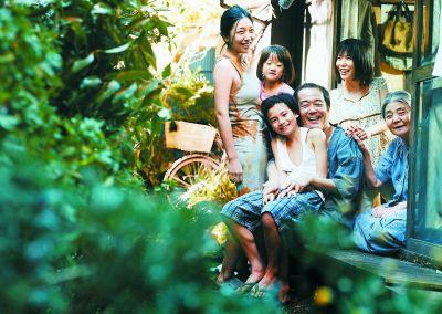 日本电影《小偷家族》摘戛纳金棕榈 贾樟柯《江湖儿女》铩羽