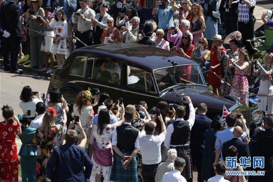 英国哈里王子与梅根・马克尔在温莎城堡举行婚礼