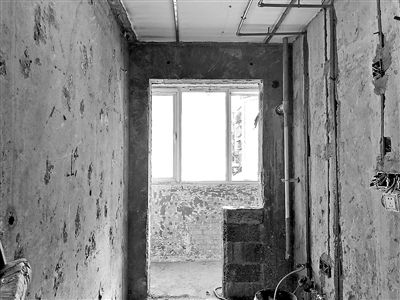 """边施工、边增项、边加钱 老房装修 别沦为""""三边工程"""""""