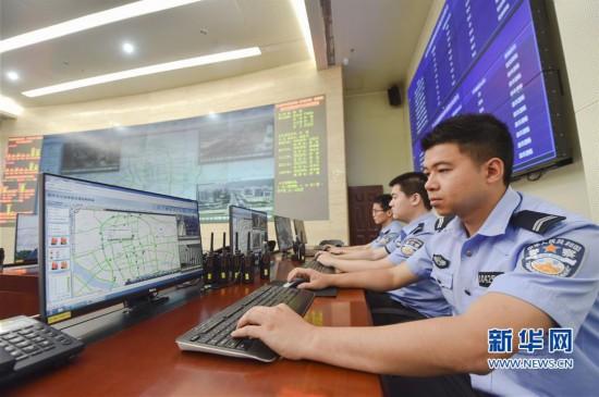 福州交警:升级优化软件 让群众办事少跑路