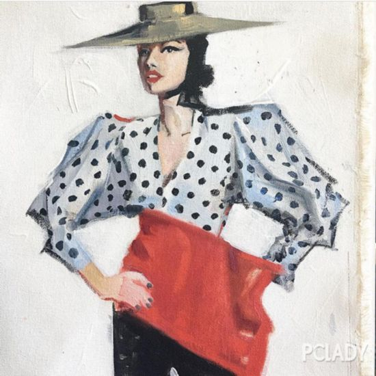 """一款""""戴安娜王妃""""风格的衬衫,陪你入夏"""