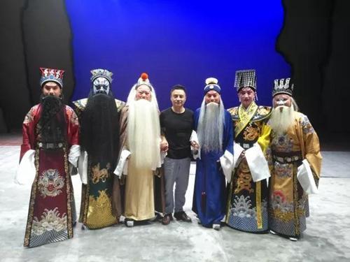 国戏教授周龙:戏曲艺术传承不是简单照葫芦画瓢