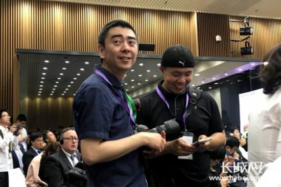 外交部河北雄安新区全球推介活动现场中外记者火力全开