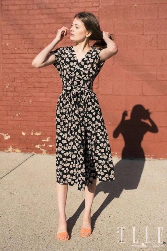 """今夏最红最显瘦的裙子是这条""""茶歇裙"""""""