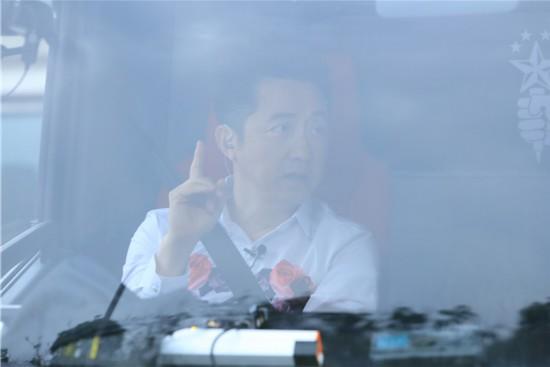 第三季《中国新歌声》庾澄庆周杰伦李健谢霆锋担任导师