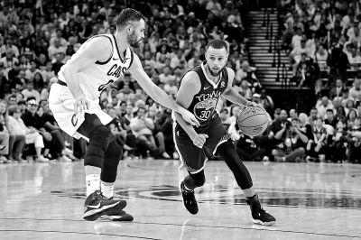 NBA总决赛勇士再克骑士