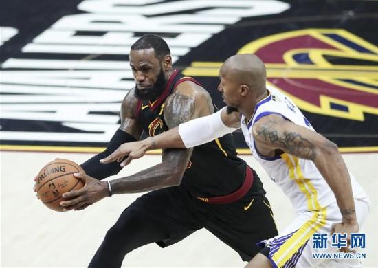 (体育)(13)篮球――NBA总决赛第三场:勇士胜骑士