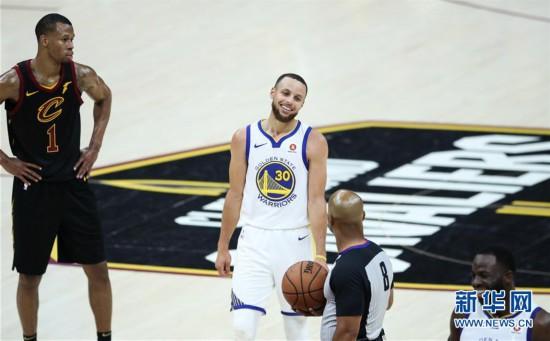 (体育)(3)篮球——NBA总决赛第三场:勇士胜骑士