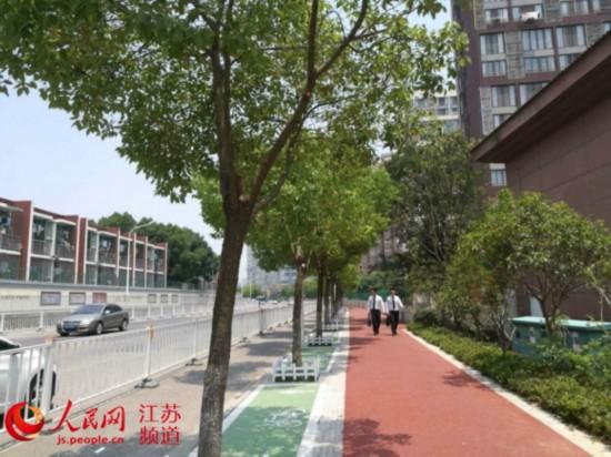 """南京雨花台区100条街巷变身城市""""后花园"""""""