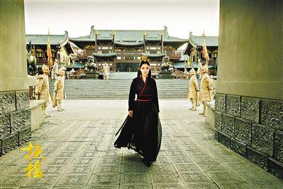 《扶摇》6月18日播出 杨幂女侠装皇后装男装多种造型出镜