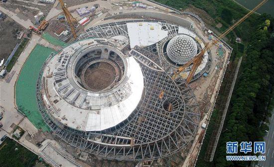 (社会)(2)上海天文馆初具规模 主体建筑大悬挑支撑结构开始卸载