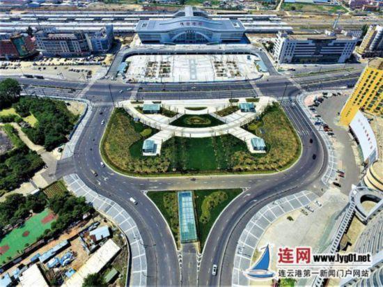 连云港铁路综合客运枢纽人民路下穿隧道试通车