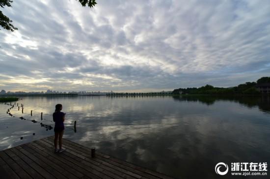 杭州:梅雨季开启