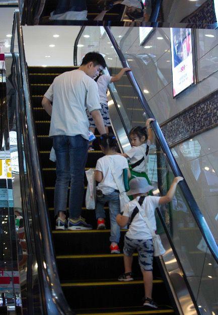 陈飞宇录真人秀手机被没收求助工作室宣传新戏《将夜》