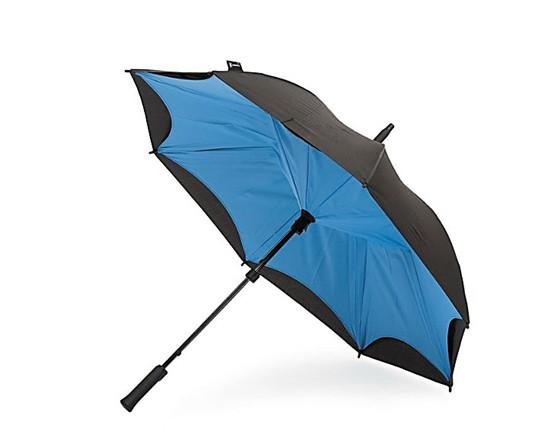 暴雨将至 照样可以凹造型