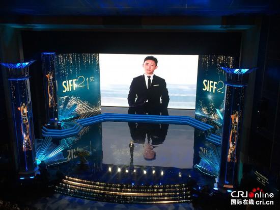 改革开放同龄人演员张译:银幕的背后是时代