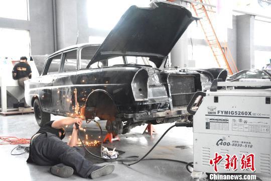 探秘大连经典汽车修复中心:各国经典车型在此修复