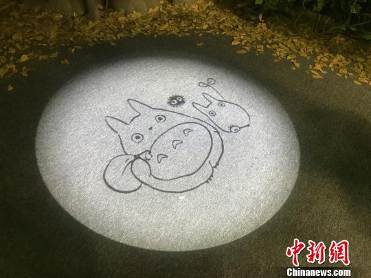 """吉卜力大展首登中国龙猫、猫巴士等""""漂洋过海"""""""