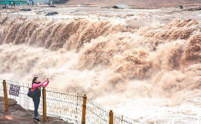 黄河壶口瀑布迎来汛期