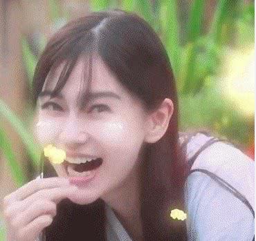 网曝Angelababy假吃爆米花 《向往的生活》节目组回应:无端尬黑