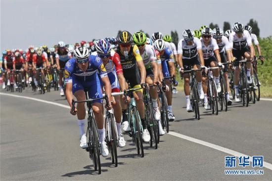 (体育)(5)自行车――环法首日赛况