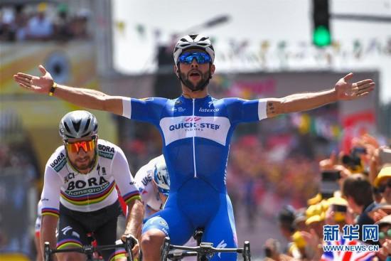 (体育)(1)自行车――环法首日赛况