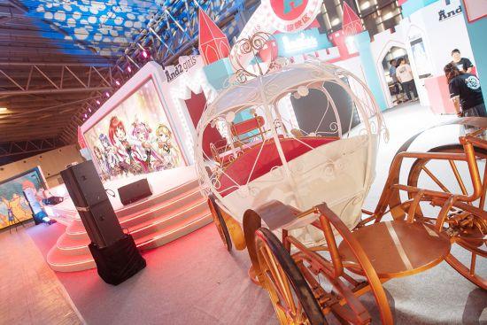 And2girls安菟上海CCG周年庆盛典级演出惊艳全场