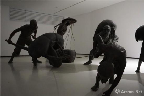 《收租院》雕塑作品