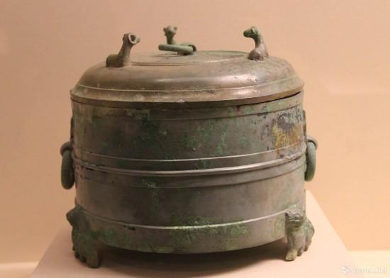 三羊钮铜酒樽  东汉  高21cm  中国国家博物馆藏