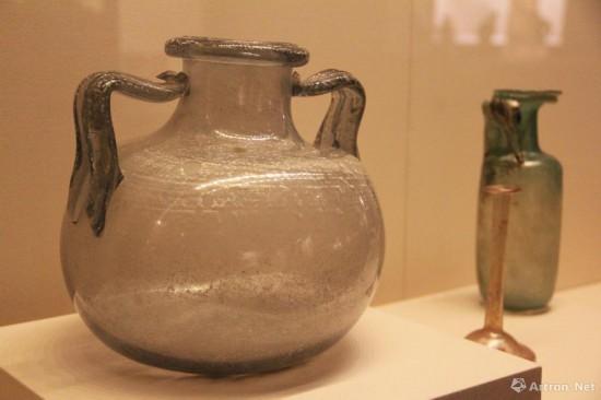 彩色玻璃容器 公元2世纪-公元3世纪  意大利罗马卡皮托利尼考古博物馆藏