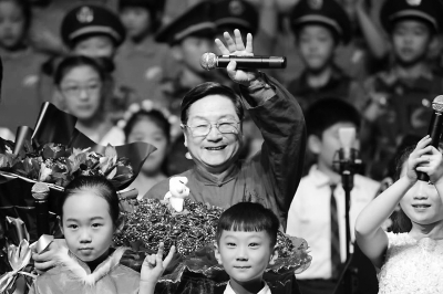演播艺术家曹灿:从小喇叭到老玫瑰