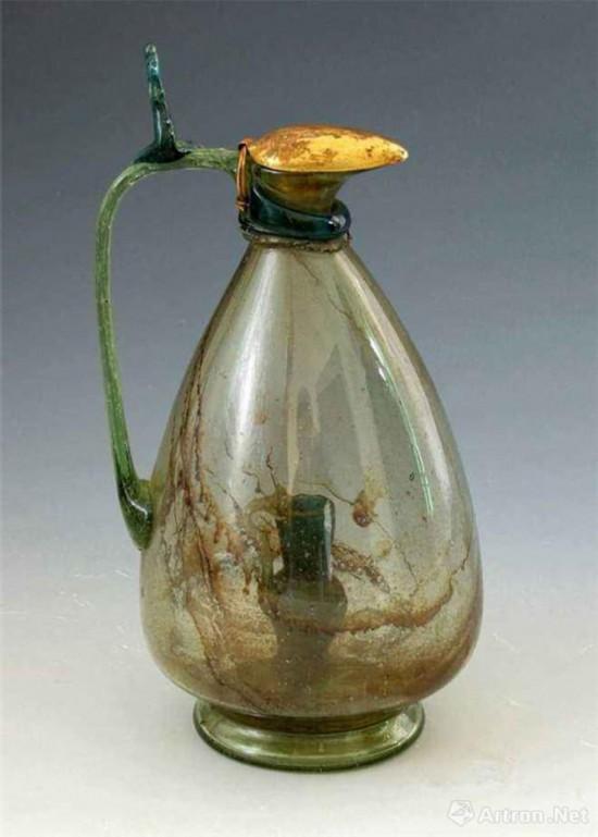 辽 波斯玻璃瓶 1988年辽宁朝阳北塔天宫出 朝阳北塔博物馆