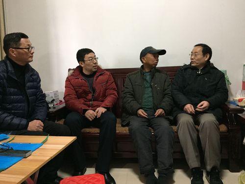 在福建福州东阁龙8官网农场慰问