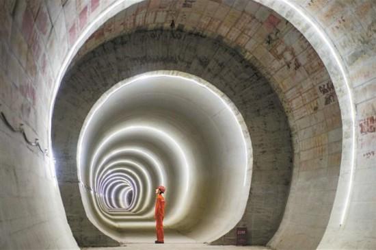 深圳地铁5号线南延线隧道全部贯通