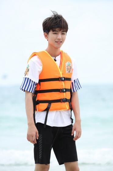 王俊凯《高能》迎收官之站 沙滩点球走位技能满点