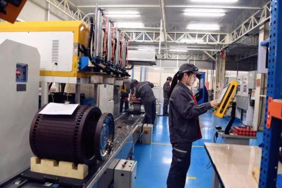 国内最大功率5500HP页岩气压裂泵电驱动