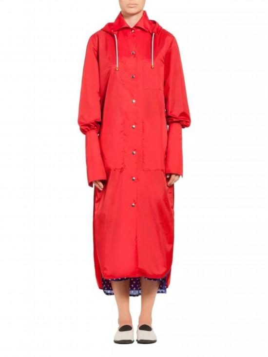 防雨又防晒夏天可以穿的时髦外套