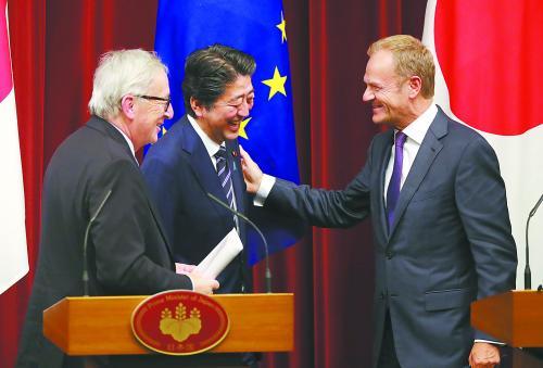 日本联手欧盟对抗美国贸易战安倍将促成CPTPP生效